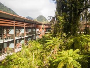 /te-waonui-forest-retreat/hotel/franz-josef-glacier-nz.html?asq=jGXBHFvRg5Z51Emf%2fbXG4w%3d%3d