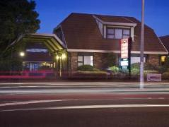 Tudor Court Motor Lodge Hotel | New Zealand Budget Hotels
