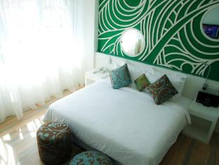 Batik Boutique Hotel Kuching - City Facing Suite King Bed