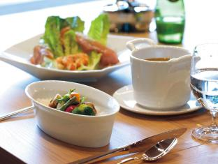 The Capitol Hotel Tokyu Tokyo - Food and Beverages