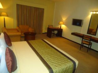 Ramada Katunayake Hotel - Colombo International Airport Negombo - Super Deluxe