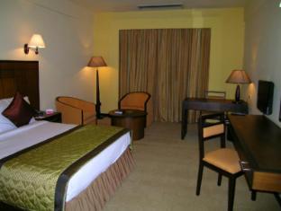 Ramada Katunayake Hotel - Colombo International Airport Negombo - Super Deluxe Room