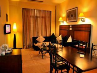 Ramada Katunayake Hotel - Colombo International Airport Negombo - Interior View