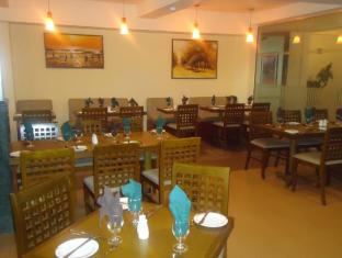 Ramada Katunayake Hotel - Colombo International Airport Negombo - Coffee Shop