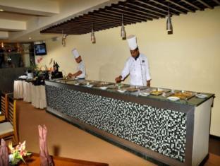 Ramada Katunayake Hotel - Colombo International Airport Negombo - Buffet