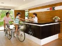 Yoho Bike Hotel: reception