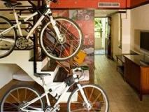 Yoho Bike Hotel: interior