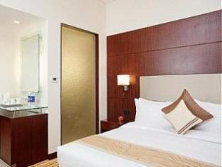 Country Inn & Suites By Carlson Sahibabad New Delhi and NCR - Superior Room