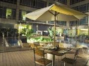 Pool Side Lounge Bar