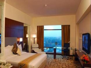 Country Inn & Suites By Carlson Sahibabad New Delhi and NCR - Guest Room