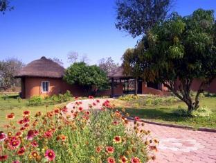 /the-kings-sanctuary-resort/hotel/nagarhole-in.html?asq=jGXBHFvRg5Z51Emf%2fbXG4w%3d%3d