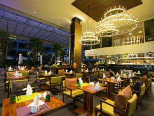 The Kee Resort & Spa Phuket - Restoran