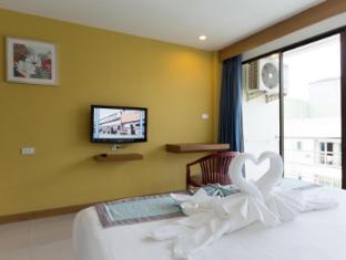 Ansino Bukit Hotel Phuket - Deluxe with Balcony