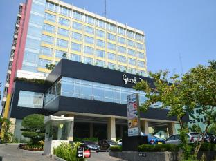 Grand Zuri Jababeka Hotel