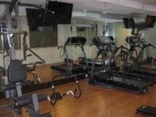 Twin Hotel Surabaya - Fitness Room
