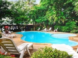 Lanta Pavilion Resort Koh Lanta - Garden View rooms next to pool area