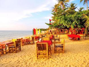 Lanta Pavilion Resort Koh Lanta - Beachfront Restaurant - Lanta Pavilion Resort, Khlong Khong Beach