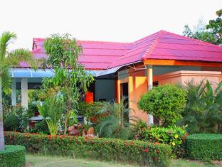 Lanta Pavilion Resort Koh Lanta - Reception Gardens