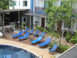 The Billabong Hotel & Hostel Phnom Penh