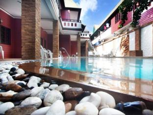 Jang Resort Phuket - Swimming Pool