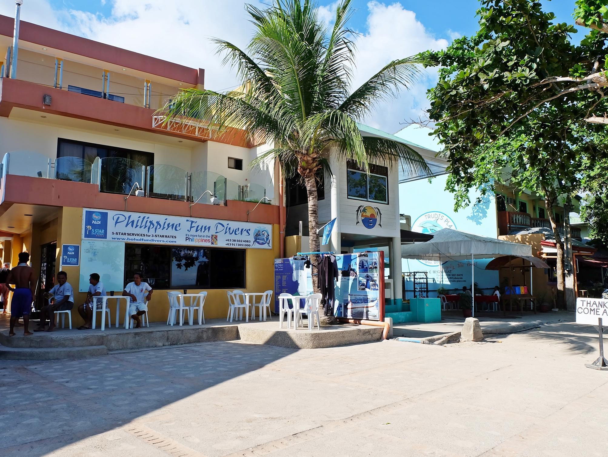 Lost Horizon Beach Dive Resort27