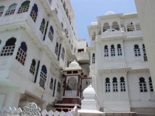 /anjani-hotel/hotel/udaipur-in.html?asq=jGXBHFvRg5Z51Emf%2fbXG4w%3d%3d