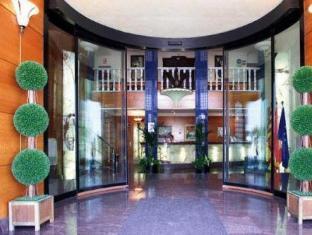 /hotel-el-cisne/hotel/zaragoza-es.html?asq=jGXBHFvRg5Z51Emf%2fbXG4w%3d%3d