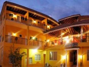 /altamont-west-hotel/hotel/montego-bay-jm.html?asq=5VS4rPxIcpCoBEKGzfKvtBRhyPmehrph%2bgkt1T159fjNrXDlbKdjXCz25qsfVmYT