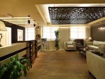 Flora Al Souq Hotel: lobby