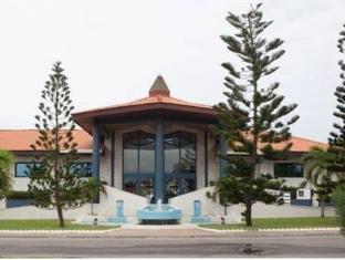 /la-palm-royal-beach-hotel/hotel/accra-gh.html?asq=5VS4rPxIcpCoBEKGzfKvtBRhyPmehrph%2bgkt1T159fjNrXDlbKdjXCz25qsfVmYT