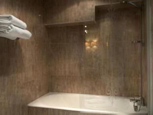Hotel Minerve Parijs - Badkamer