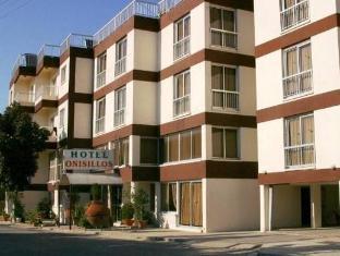 /onisillos-hotel/hotel/larnaca-cy.html?asq=vrkGgIUsL%2bbahMd1T3QaFc8vtOD6pz9C2Mlrix6aGww%3d