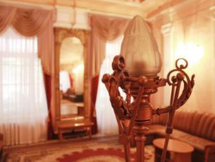 /tsentralnaya-hotel/hotel/odessa-ua.html?asq=jGXBHFvRg5Z51Emf%2fbXG4w%3d%3d