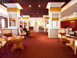 Hotel Cambodiana Phnom Penh - Lobby Bar