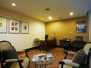 Centara Hotel Hat Yai Hat Yai - Business Corner