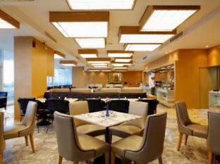 Centara Hotel Hat Yai Hat Yai - Saneha Cafe