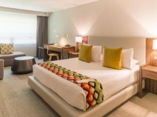 Room Mate Valentina Hotel