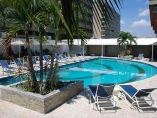 Hotel CCT Caracas - Swimming Pool
