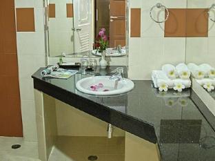 My Hotel Phuket بوكيت - حمام