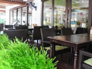 布吉余之旅館 普吉島 - 餐廳