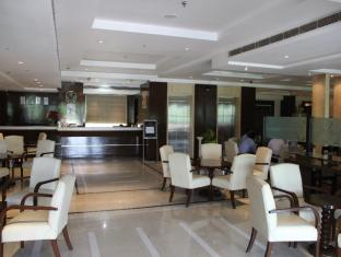 Airport Residency New Delhi and NCR - Lobby