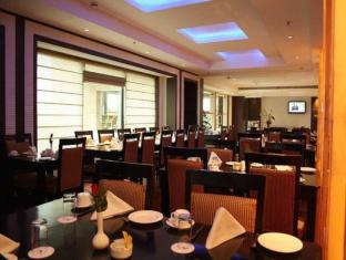 Airport Residency New Delhi and NCR - Restaurant