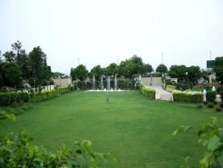 Airport Residency New Delhi and NCR - Garden