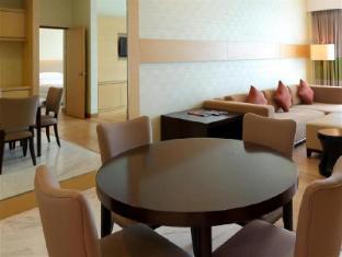 Century Kuching Hotel Kuching - Premier Suite - Living Room