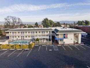 /motel-6-napa/hotel/napa-ca-us.html?asq=jGXBHFvRg5Z51Emf%2fbXG4w%3d%3d