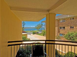 Windsurfer Resort Gold Coast - Balcony/Terrace