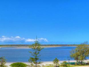 Windsurfer Resort Gold Coast - View