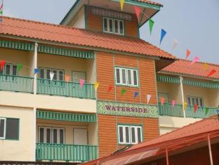 Waterside Boutique Hotel