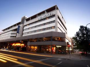 Novotel Canberra Hotel