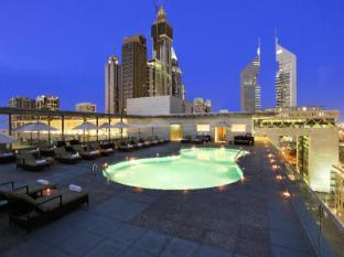 The Ritz Carlton Dubai International Financial Center Дубай - Басейн